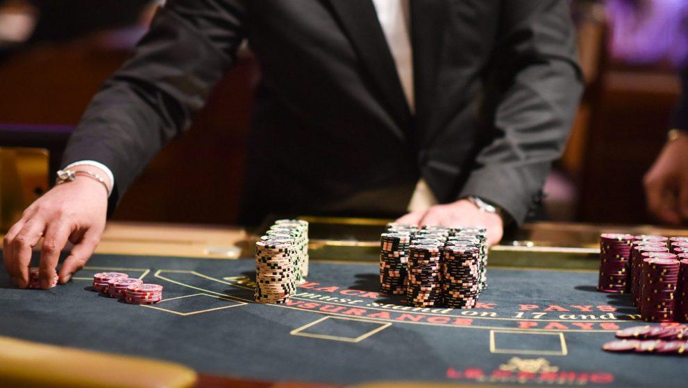 Strategi Poker Online Supaya Menang Dengan Mudah